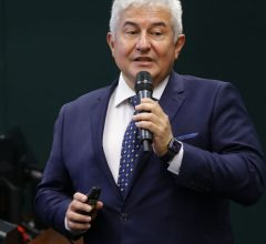Ministro lamenta perda de recursos para ciência e tecnologia